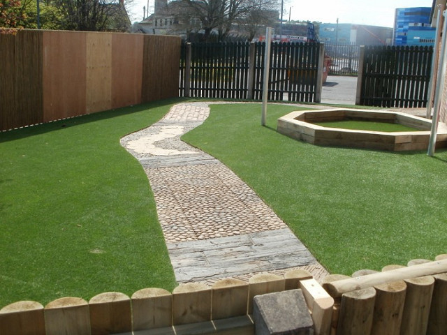 Artificial grass fencing supplies garden decking sheds for Garden design yeovil